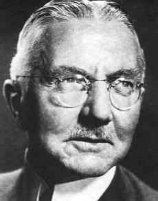 (Hjalmar Schacht - Reichsbank) Lord of Finance