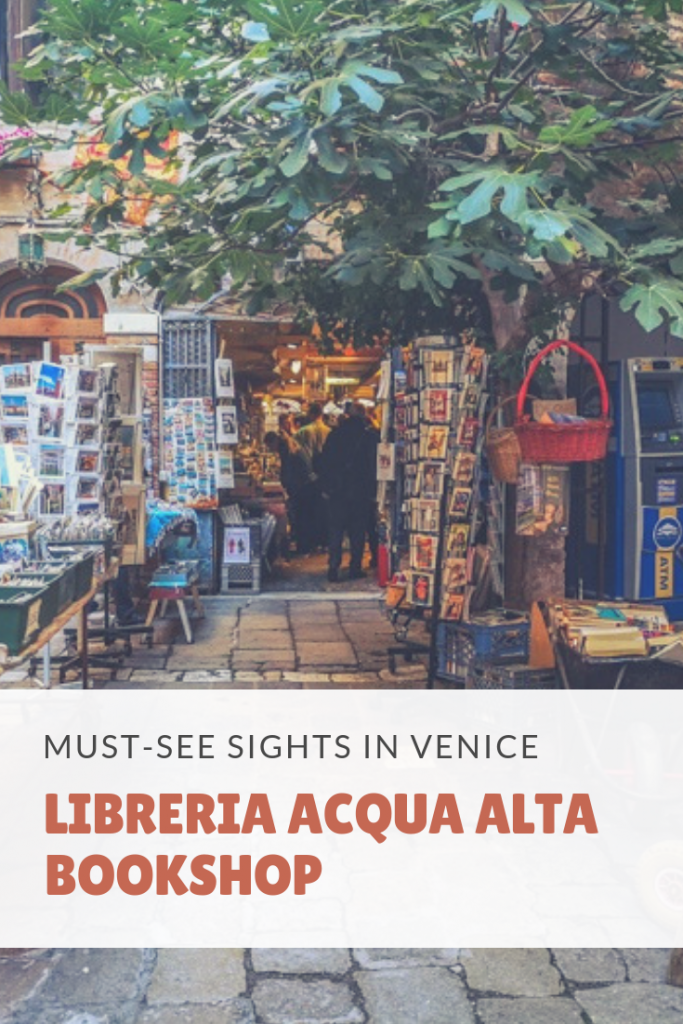 Looking for something different to do next time you visit Venice? Have you heard about the most unusual bookshop in the world?  @tbookjunkie explains why everyone who visits the floating city in Italy should visit this one of a kind bookshop known as Libreria Acqua Alta.