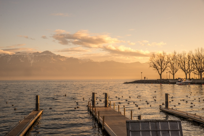 Is it only Lord Bryon that had a love affair with Lake Léman and the city of Lausanne?