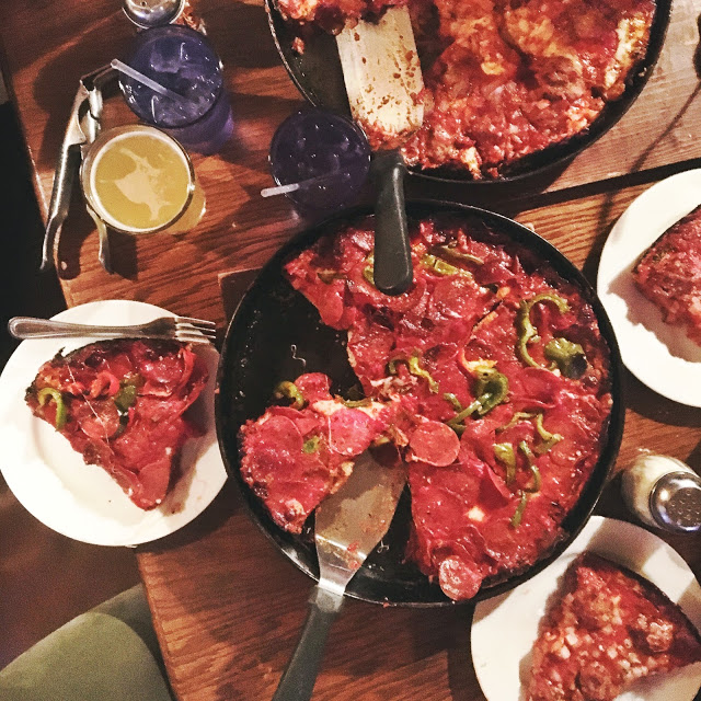Pequods Pizza, Chicago, America, Food, Travelling, Travel, Travelling Book Junkie