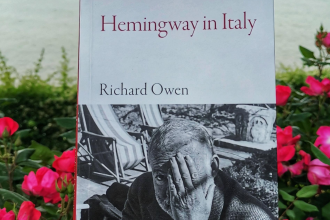 Hemingway in Italy by Richard Owen part of the armchair traveller series by Haus Publishing