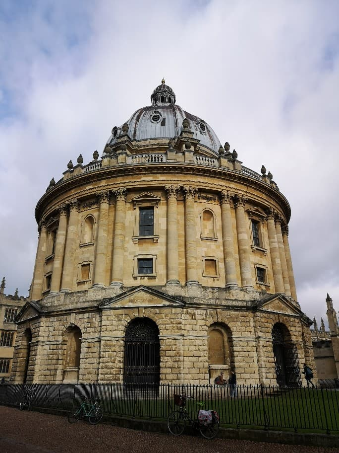 The Radcliffe Camera houses the Bodleian's collection of rare books