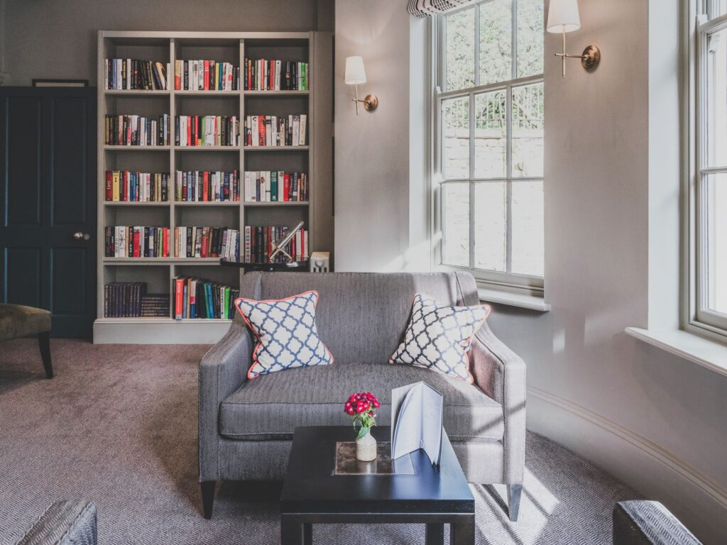 Oxford Old Bank Hotel Library open to all guests to relax