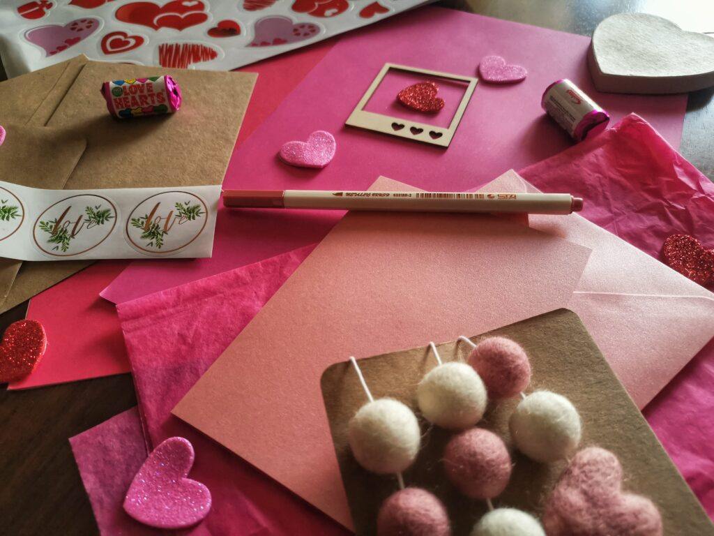Handmade crafts to create the perfect Valentine's Day gifts