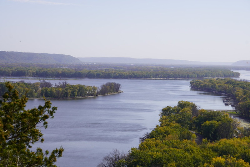 The Mississippi River runs through several states in America